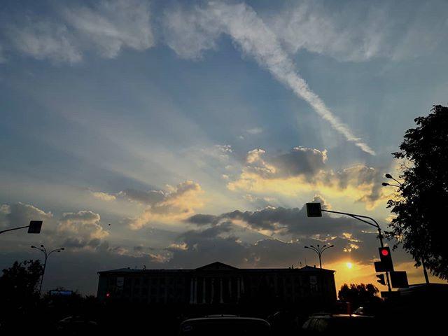 Утро было ещё летним, а сейчас уже осень #псков #pskov