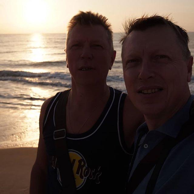 Мы и солнце. #hammamet  #sunrise #selfie #sea @va_nemtsev