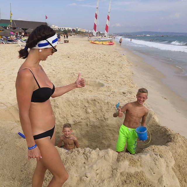 Хорошая работа @hotelzodiachammamet #tunisia #hammamet #sand #beach #sea #тунис #хаммамет #пляж #песок #море